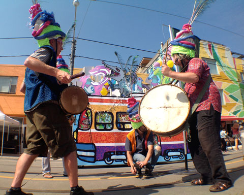 Sunday's band, Guu, were an all-percussion band. They played on anything: streetcar tracks, tent poles, lamp posts,